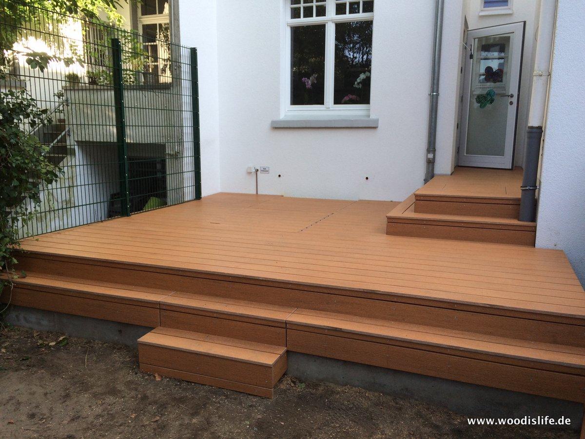 elegant terrasse mit stufen haus design ideen. Black Bedroom Furniture Sets. Home Design Ideas